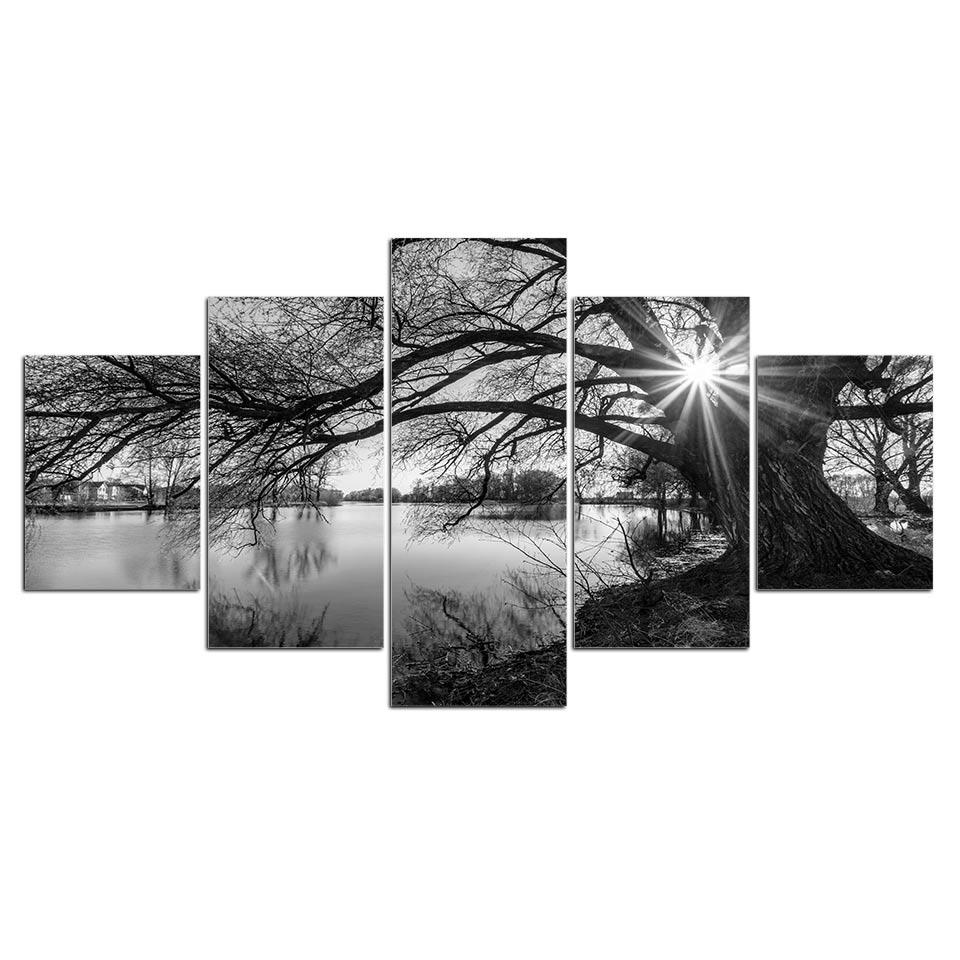 Tableau arbre au bord de l'eau noir et blanc